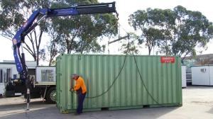dechargement des containers
